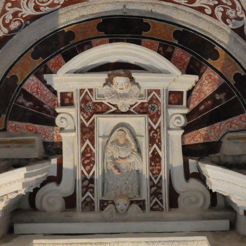 la Vierge du Rosaire.jpg