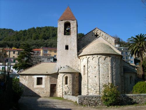 Cathédrale de Noli Ligure.jpg