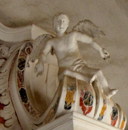 l'ange de droite autel majeur.jpg