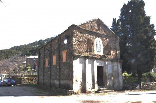 Monacia église confrérie.jpg