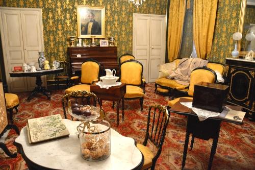 Feliceto salon Renucci.jpg