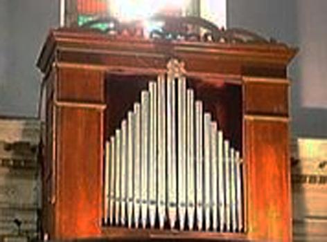 orgue de Minerbio façade.jpg