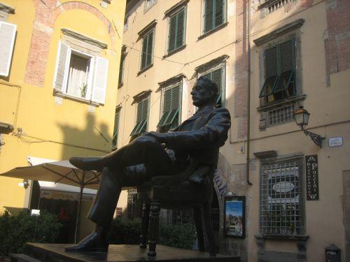 Puccini 3.jpg
