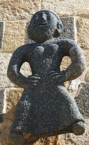 Aregno femme campée.jpg