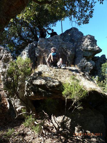 le pseudo-dolmen de Santa Matria di Rescamone copy.jpg