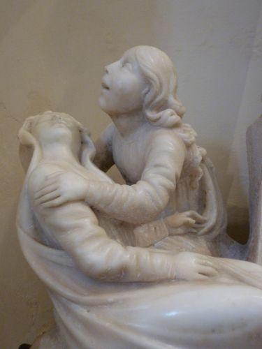 Duomo calvaire Marie-Madeleine et Vierge.jpg
