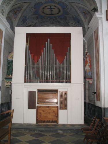 Rogliano orgue déposé blog.jpg