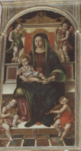 Luri Vierge à l'enfant et anges musiciens.jpg