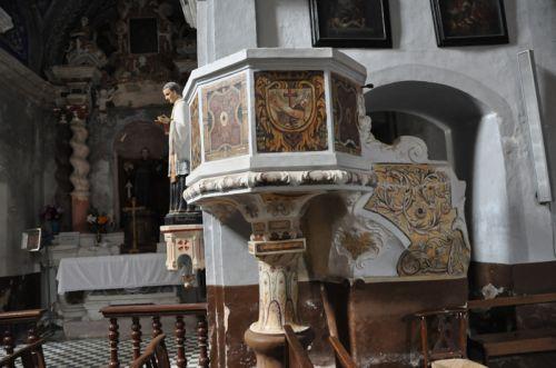 Morosaglia, chaire de prêche bl.jpg