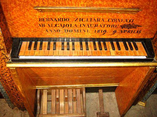 déontologie du facteur d'orgues,déontologie de la restauration du patrimoine,déontologie de la restauration des orgues historiques,gpfo,laurent plet,alain faye,alain sals,patrimoine organistique de la corse,jean françois muno