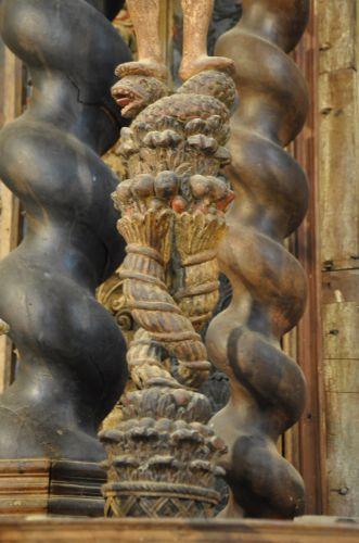 autel st Jean détail abondance et serpent blog.jpg