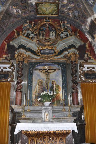 Santa Croce maître autel blog.jpg