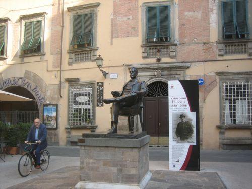 Puccini 1.jpg