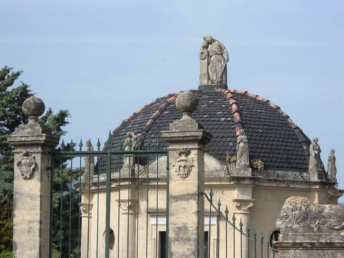 2-Tombeau St Florent.jpg