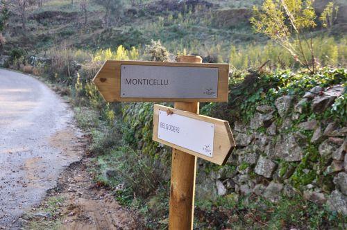 pancarte Monticellu Belgodère blog.jpg