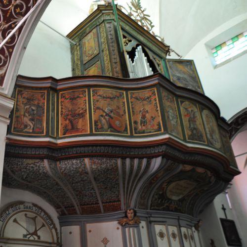 l'orgue de profil.jpg