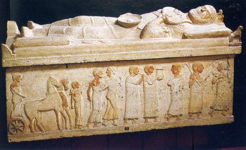 sarcophage du Magistrat Cerveteri.jpg