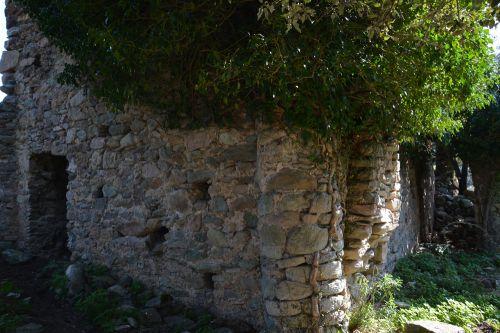 maison accolée San Cervone.jpg