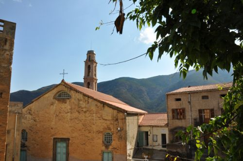 Occhjatana, église extérieur blog.jpg