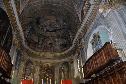 Cervione choeur et orgue.jpg
