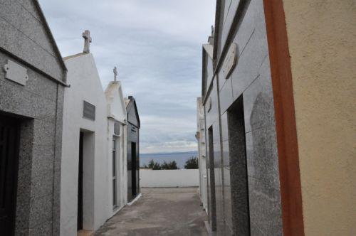 Bonifacio cimetière ruelle blog.jpg