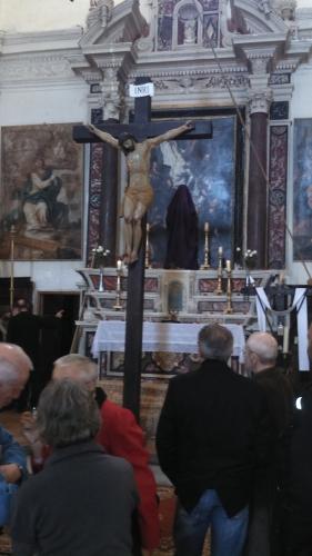 le Christ en croix.jpg