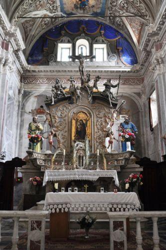 Piedicroce église ensemble côté Autel blog copie.jpg