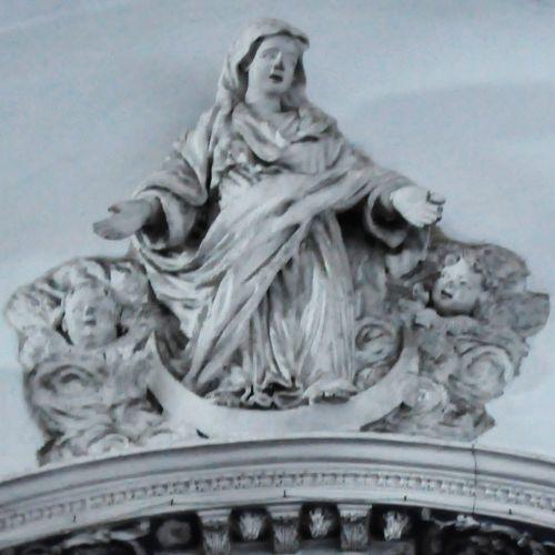 Immaculée Conception fronton ämes du Purgatoire  détail.jpg