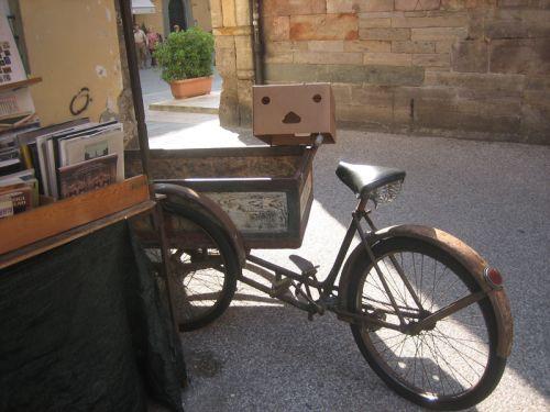 Lucca bouquiniste.jpg