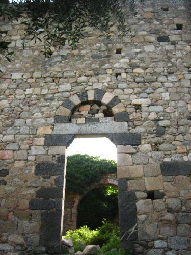 pieve Toani porte ouest.jpg