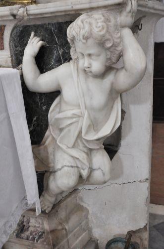 ange de gauche autel Montemaggiore blog.jpg