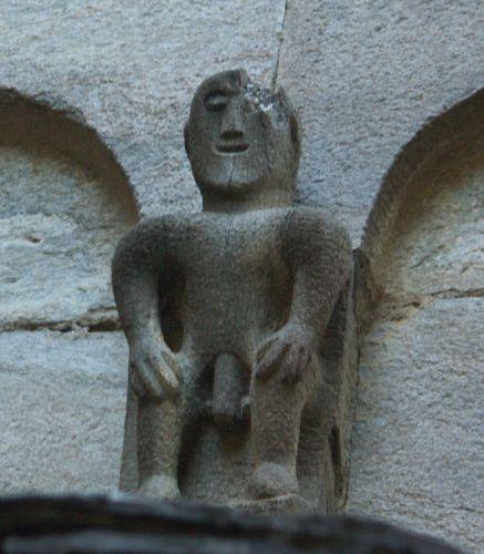 personnage de l 'abside.jpg