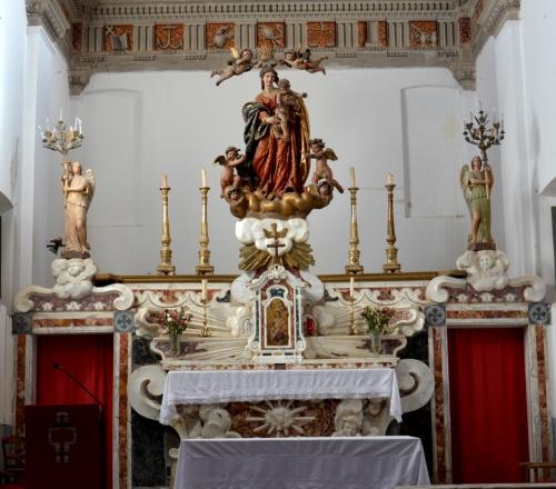 ensemble autel Cateri.jpg