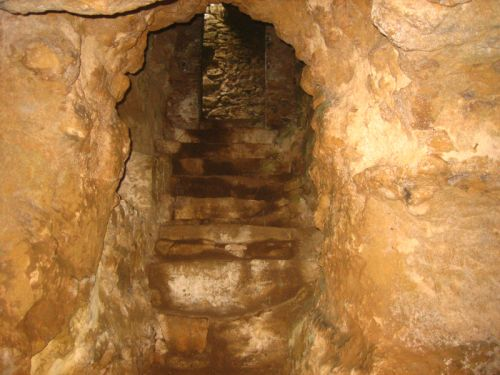 Volterra hypogée 2 escalier.jpg