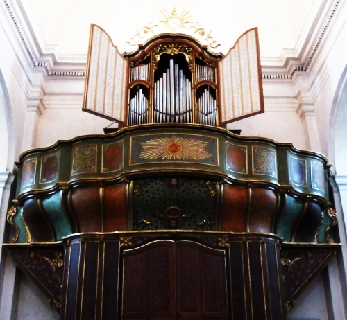 orgue de Corbara tribune et buffet.jpg