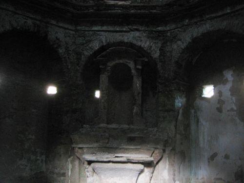 tombeau Raffali autel blog.jpg