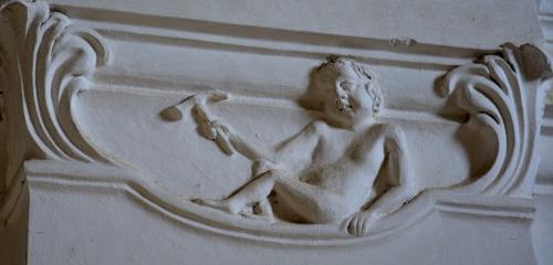 ange au marteau.jpg